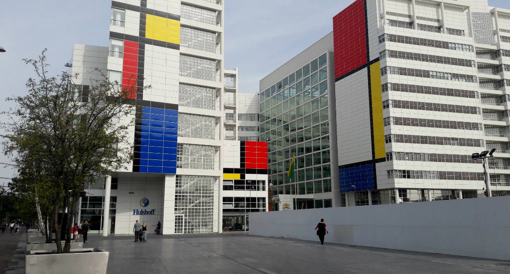Celebrating De Stijl, The Netherlands. City Hall, The Hague | Your Dutch Guide