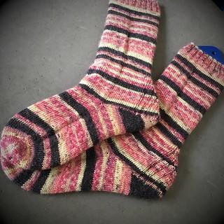 FO: Vanilla is the New Black socks