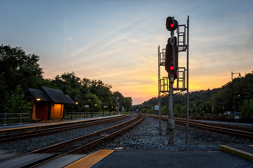 pointofrocks railroad redlight sunset aug17 maryland project3652017 mdpd2017