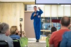 Astronaut Shane Kimbrough at Arlington Career Center (NHQ201709120117)