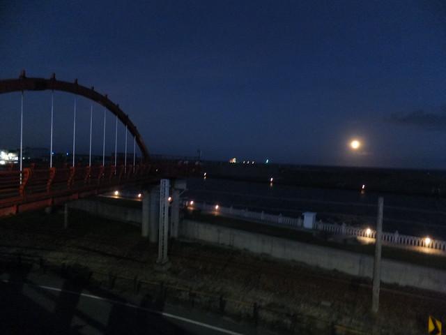 橋上觀月 (8)
