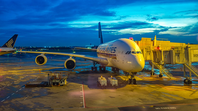 Singapore Airlines A380 9V-SKS
