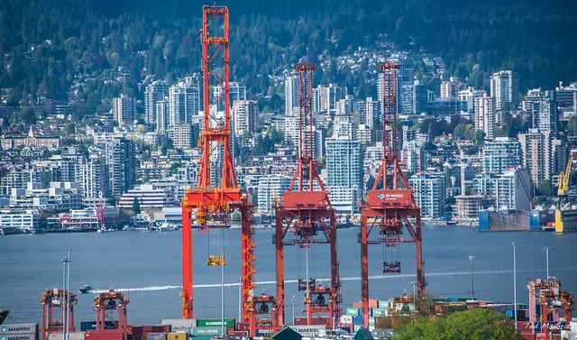2017 - Vancouver - Burard Inlet Centerm Gantry Cranes