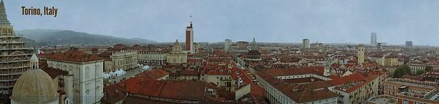 Above the city <>Au-dessus de la ville. (Torino)