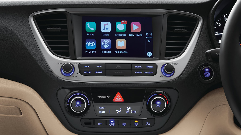 Apple CarPlay Connectivity