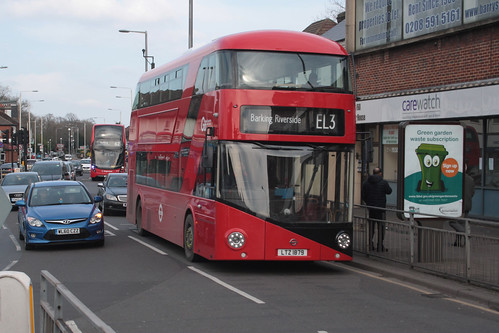 Go-Ahead London LT879 LTZ1879