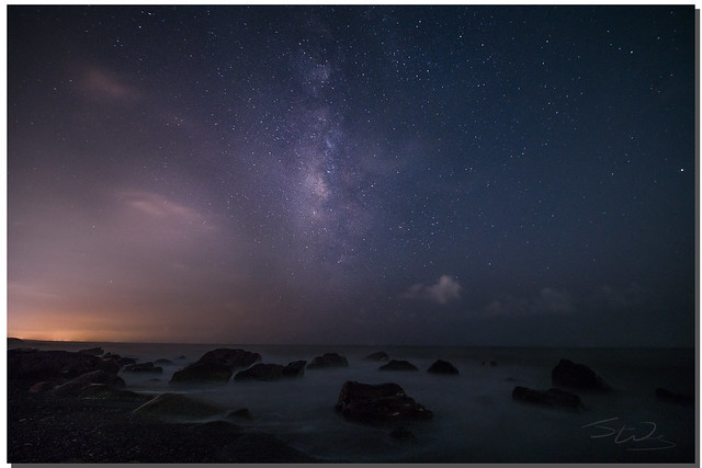 Milky Way over FangShan coastal rocks, 枋山456k, 屏東, Taiwan