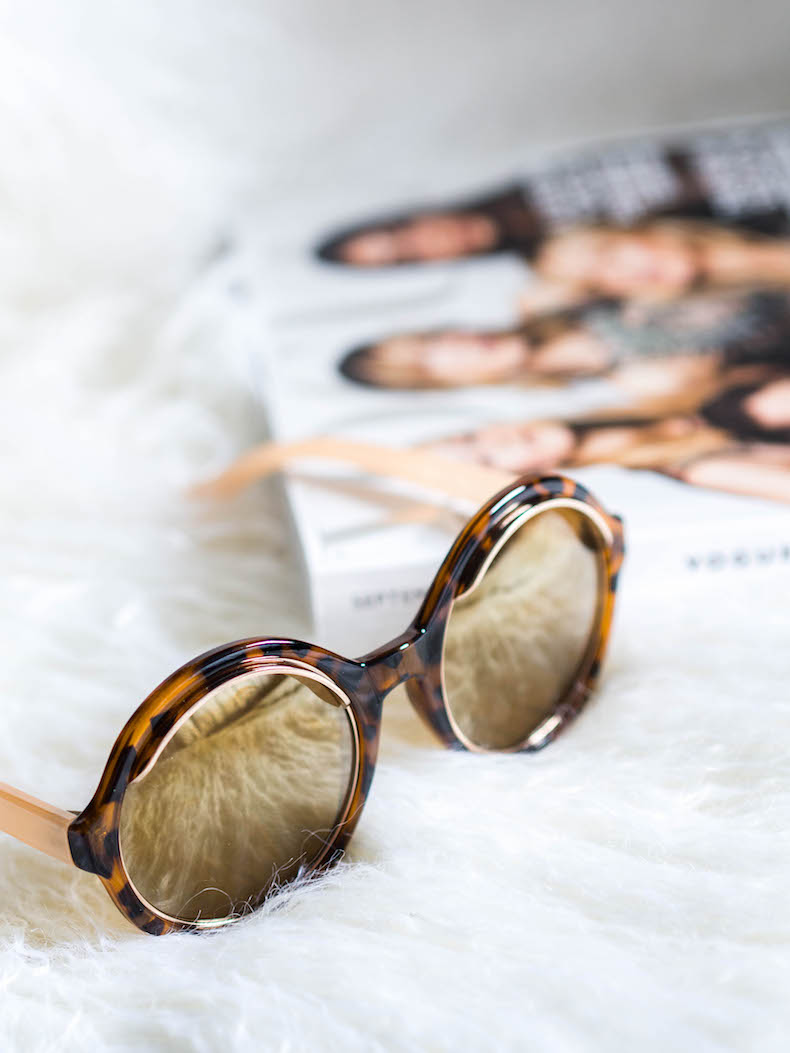 round-tortoise-pattern-sunglasses