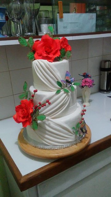 Cake by RAW's Creations