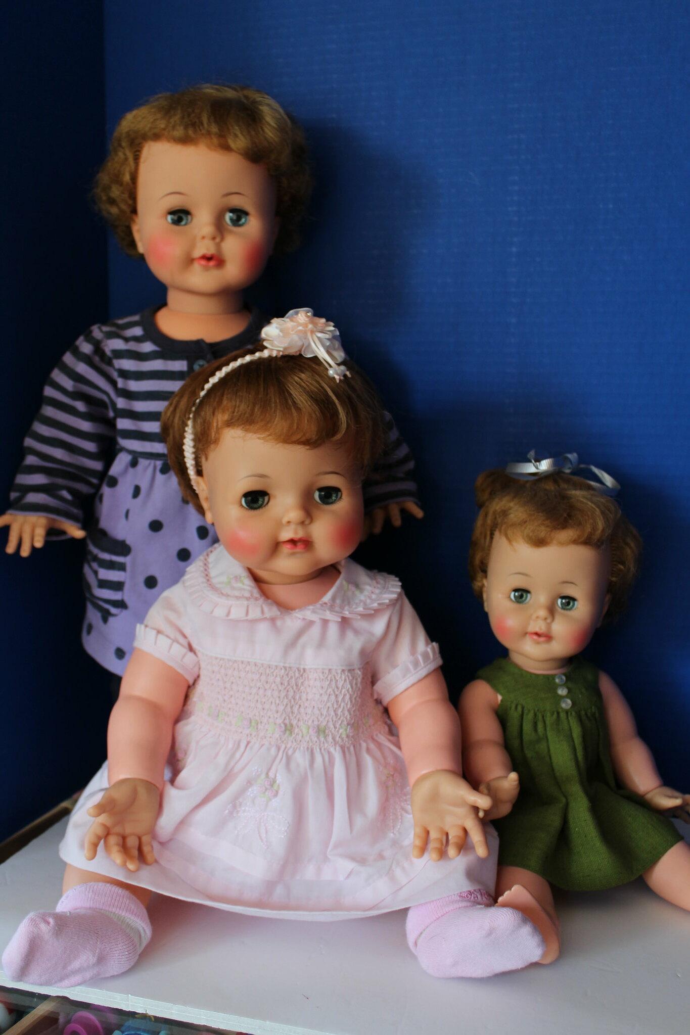 Kissy Dolls