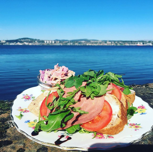 Feeling 'special' today without our Scottish Roast Beef, tomato & horseradish open sandwich....... #kitschnbake #cafe #lunch #newportontay #newport #fife #fifefoodie #foodfromfife #lovefife and hello Dundee!