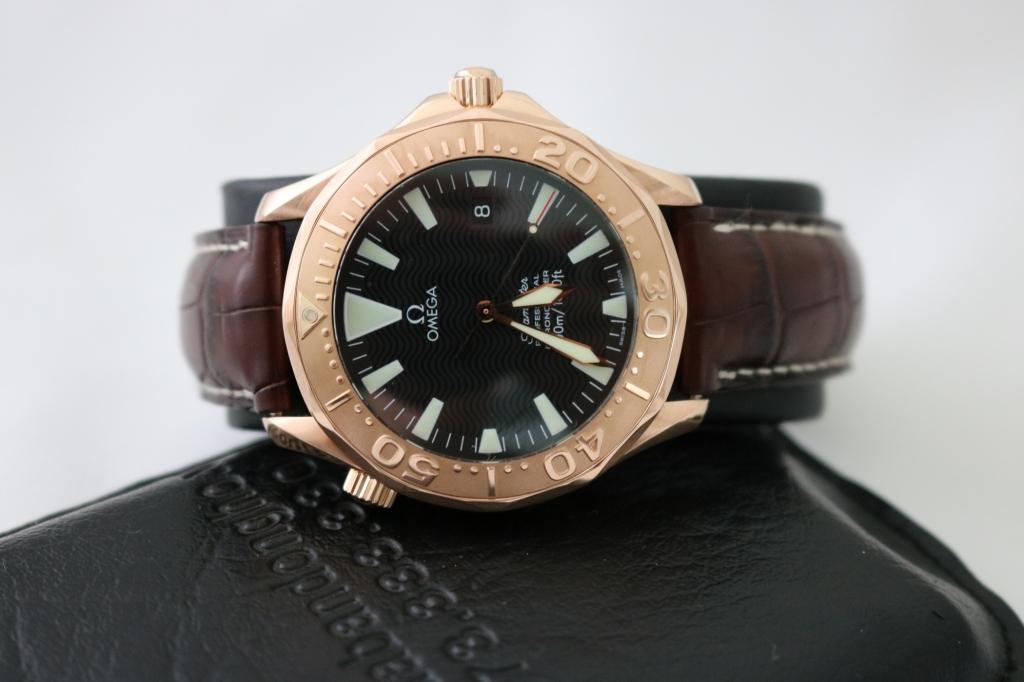 Đồng hồ Omega Semaster 300M – Vàng Hồng 18k – dây da – size 41mm