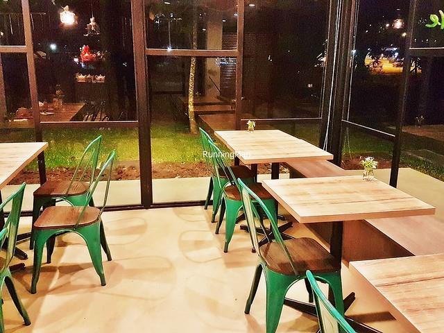 Verdure Cafe Interior