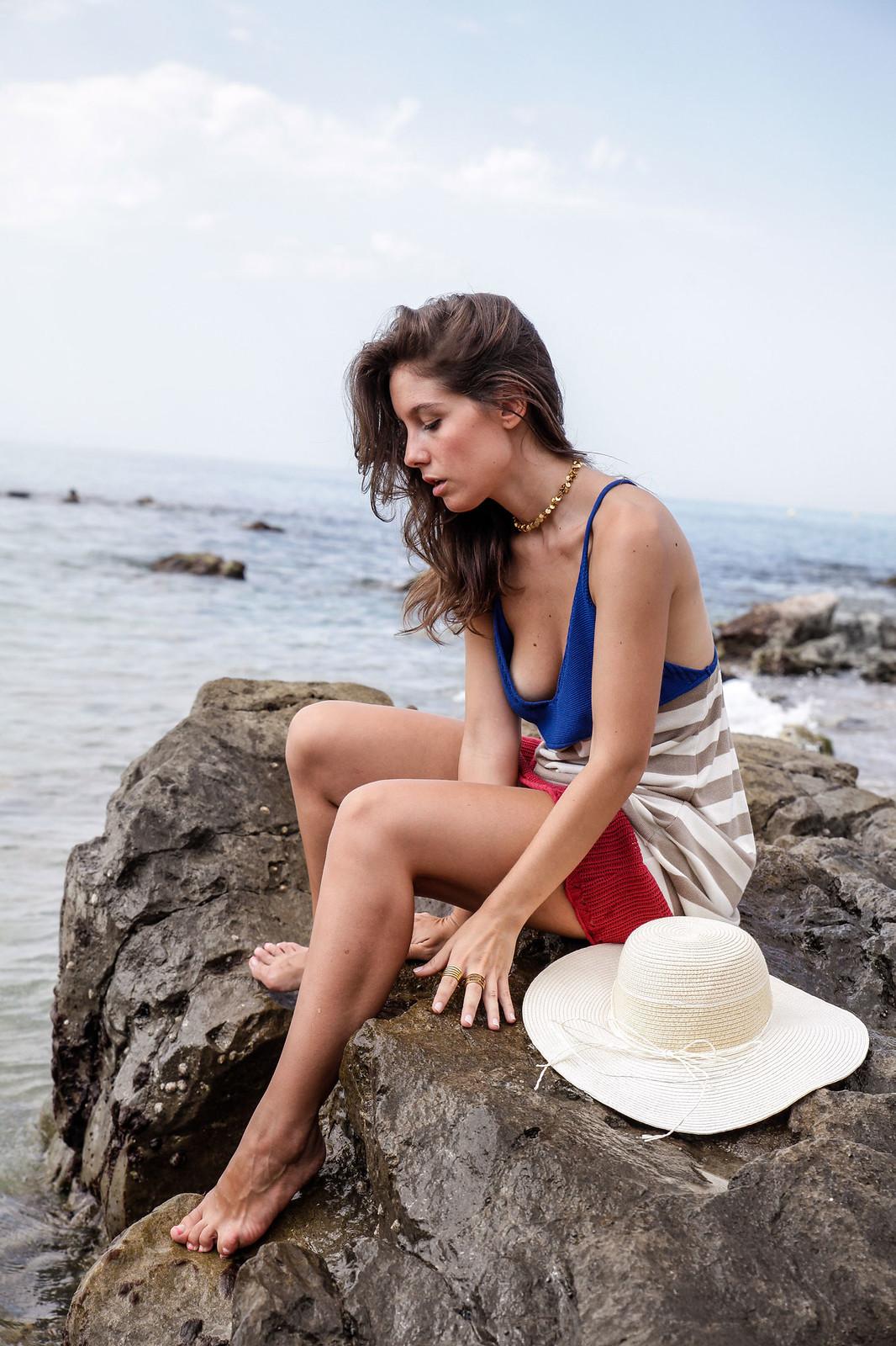 08_vestido_de_punto_rayas_rüga_coleccion_verano_the_guest_girl_ambassador_theguestgirl_barcelona_spain_cubelles_cala_secreta_sitges_influencer_moda_fashion_boho_