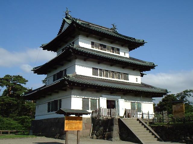 陸奥・弘前城 天守の裏側