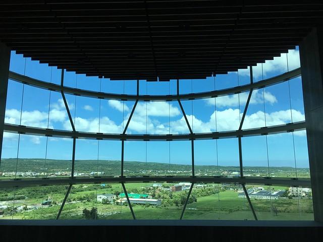 第二天從九樓的窗戶看出去的天空@屏東恆春墾丁怡灣渡假酒店