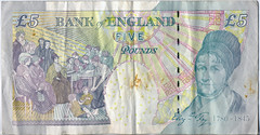 Old £5 note reverse