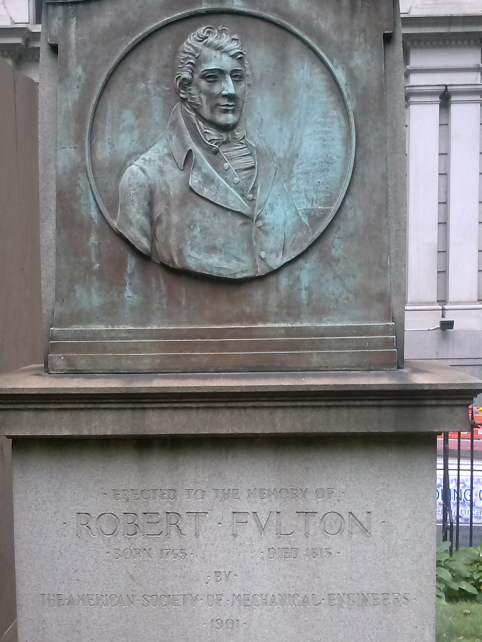 Robert Fulton's tombstone