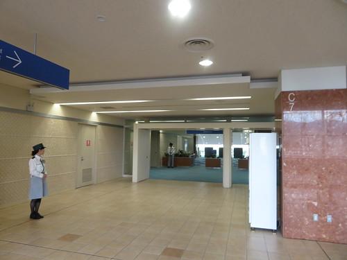 小倉競馬場の5階馬主席の入口
