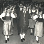 1957 Jugenballauftanz Pfarrsaal1