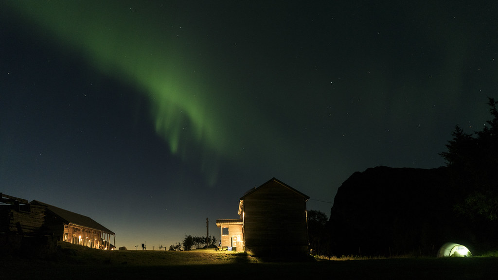 Northern Lights above Manshausen Island