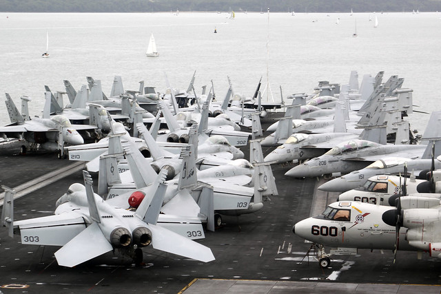 USS George H.W Bush, Canon EOS 50D, Canon EF 55-200mm f/4.5-5.6 II USM