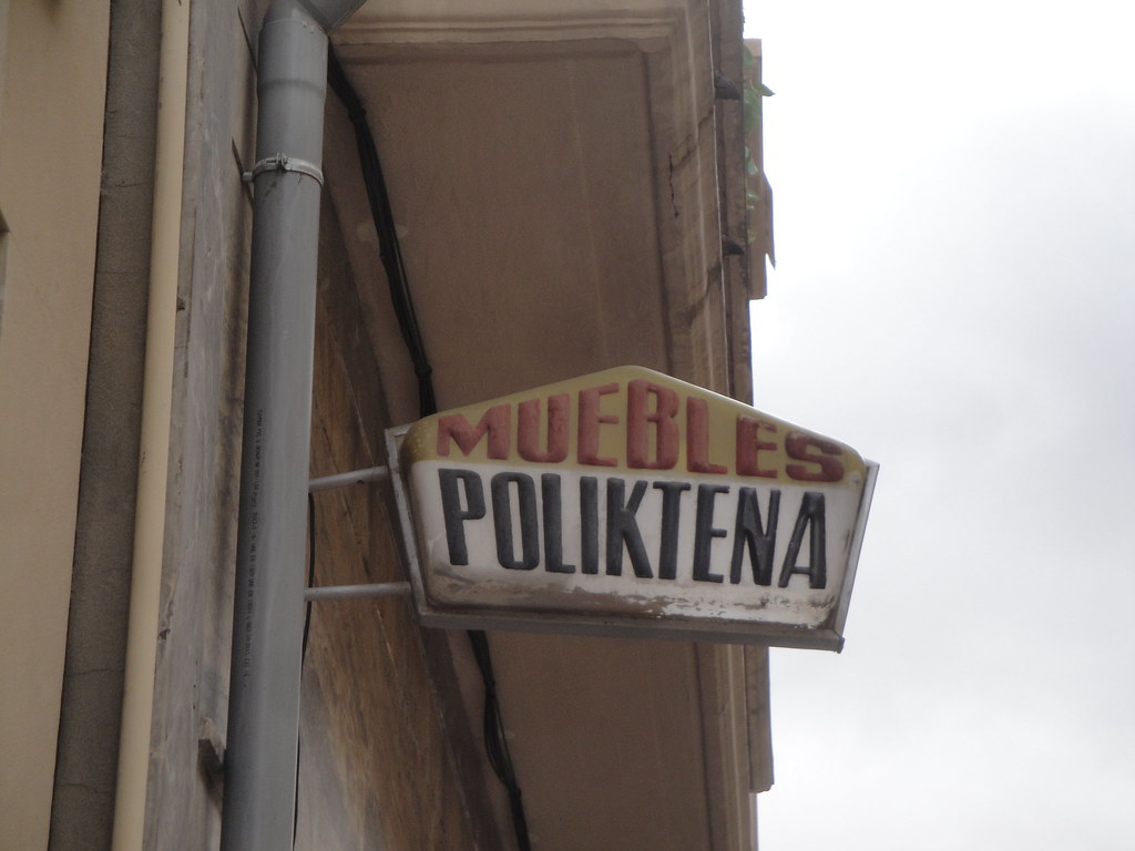 Flickr Photos Tagged Letreros Picssr # Muebles Huguito