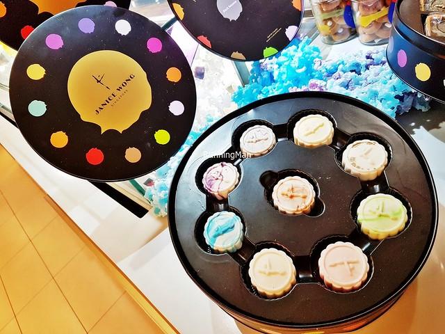 Snowskin Mooncake Box