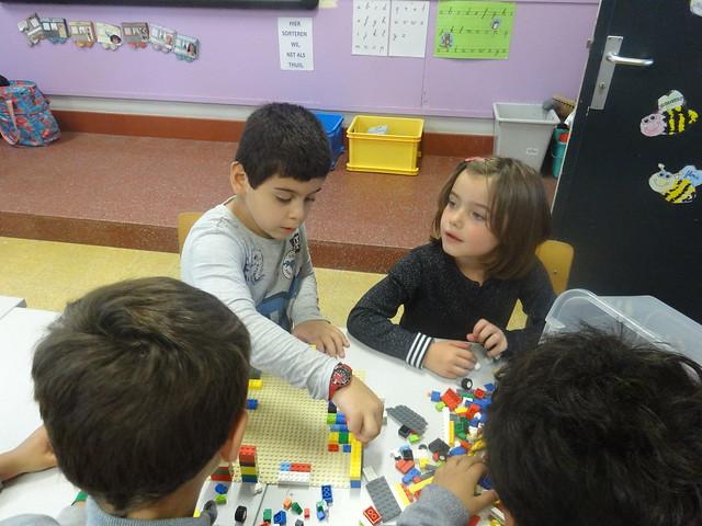 Maquette maken van de klas met lego!
