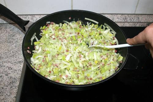 13 - Lauch & Schinken andünsten / Braise leek & bacon
