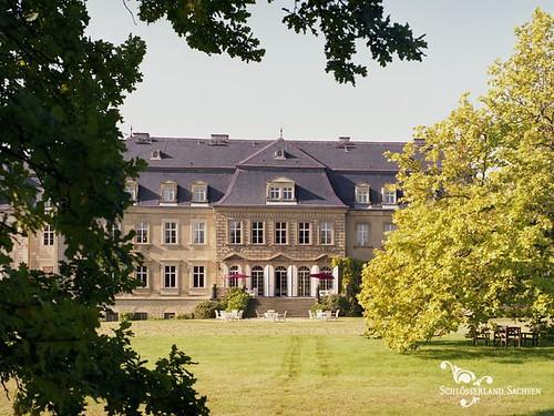 Schloss-Hotel-Gaussig-Aussenansicht