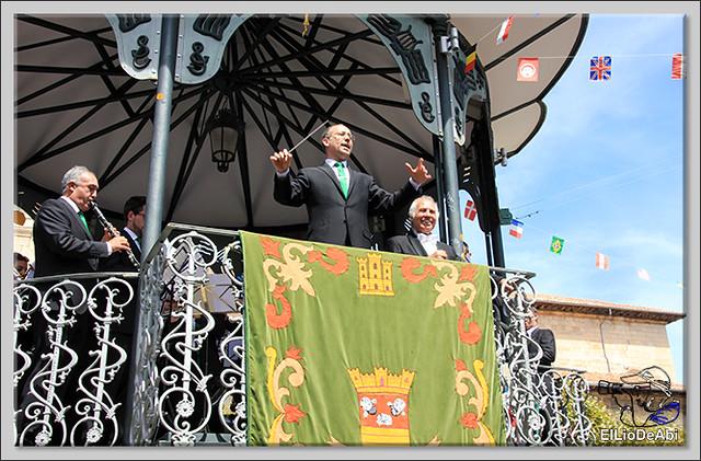 #BriviescaFiestas17 Recepción en el Ayuntamiento y canto popular del Himno a Briviesca (10)
