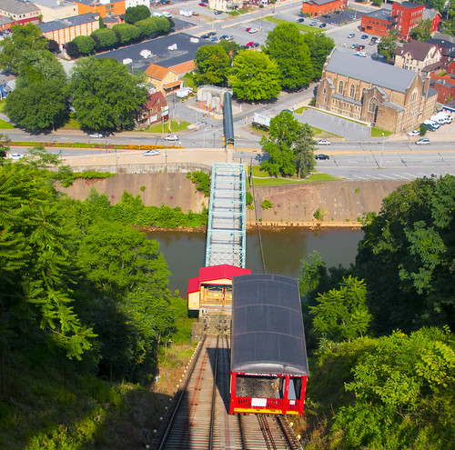 inclinedplanejohntownpa viewofjohnstownpafromtheinclinedplane roncogswell funicular