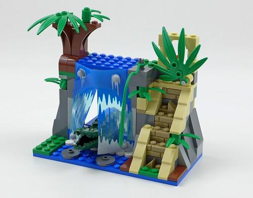 LEGO City Jungle 60160 Jungle Mobile Lab 38