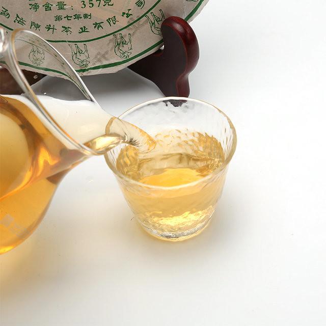 Free Shipping 2015 Chen Sheng Hao (ChenXiang ShengHua Beeng Cake) 357g YunNan MengHai Organic Pu'er Raw Tea Sheng Cha Weight Loss Slim Beauty