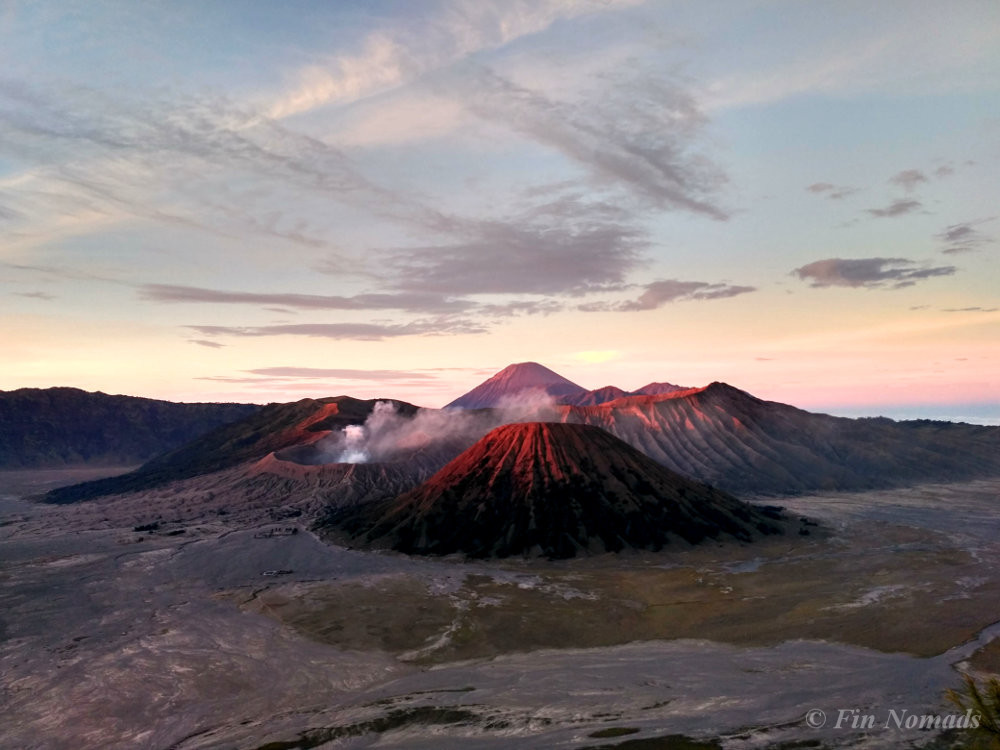 bromo volcano sunrise hike