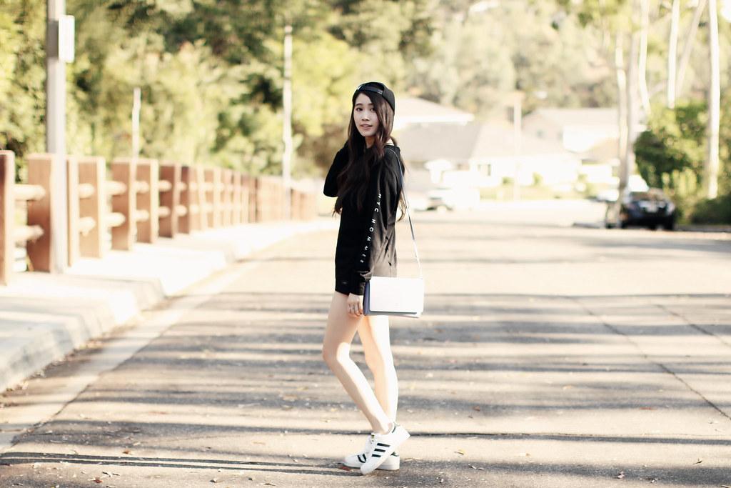 3243-ootd-fashion-style-outfitoftheday-wiwt-streetstyle-athleisure-menswear-urbanoutfitters-cottonon-adidas-elizabeeetht-clothestoyouuu