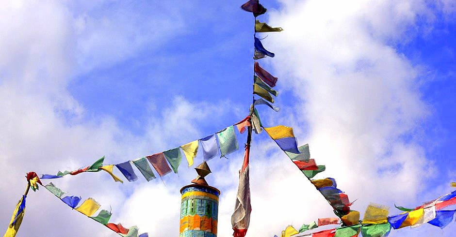 Buddhist prayer flags fluttering somewhere on Srinagar Leh road trip