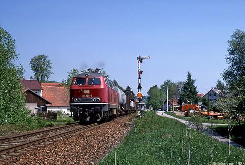 Hauptbahn-Diesel-Durchgangs-Güterzug