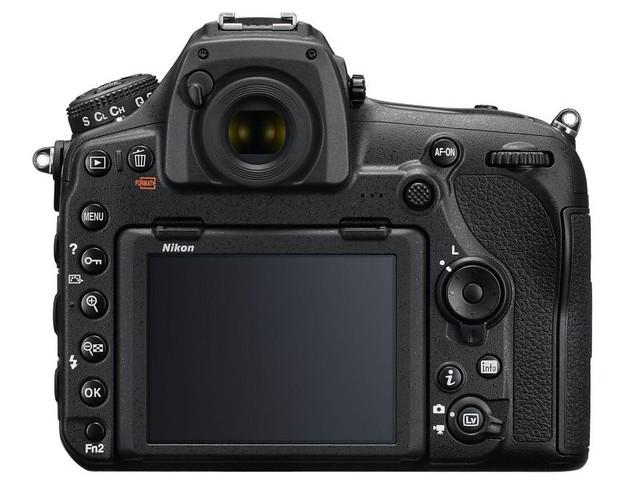 D850_back-800x612