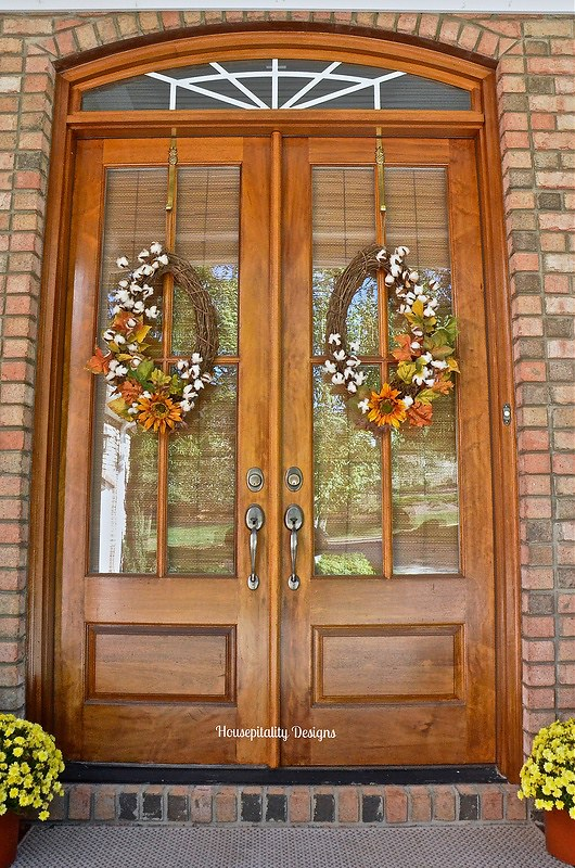Fall Porch-Fall Wreaths-Housepitality Designs
