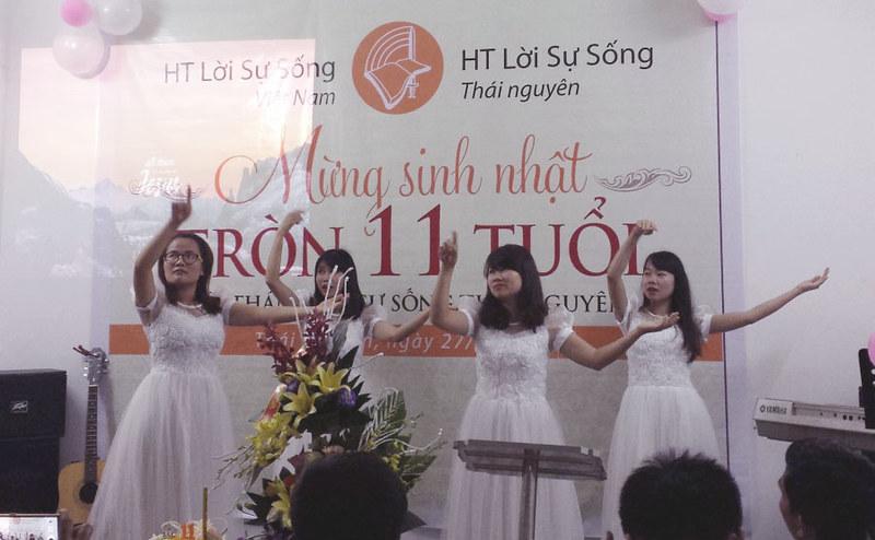 2017-08-27 Sinh nhật Hội thánh Thái Nguên (2)