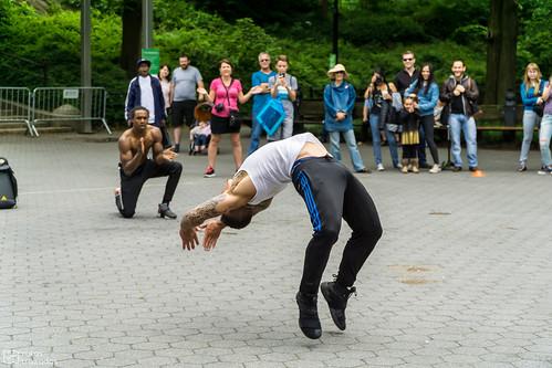 Central Park Acrobatas
