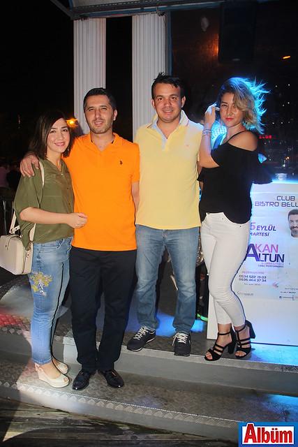 Mustafa Güney ve Ahmet Sinanoğlu da eşleri ile birlikte konserdeydi.