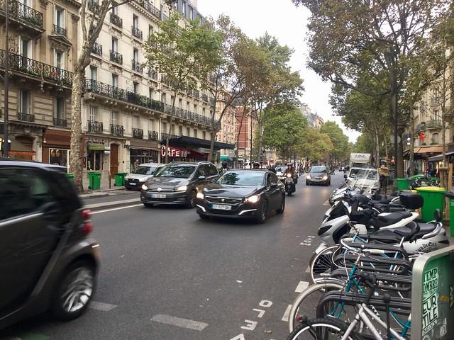 Paris, monday morning, Apple iPad mini 4, iPad mini 4 back camera 3.3mm f/2.4