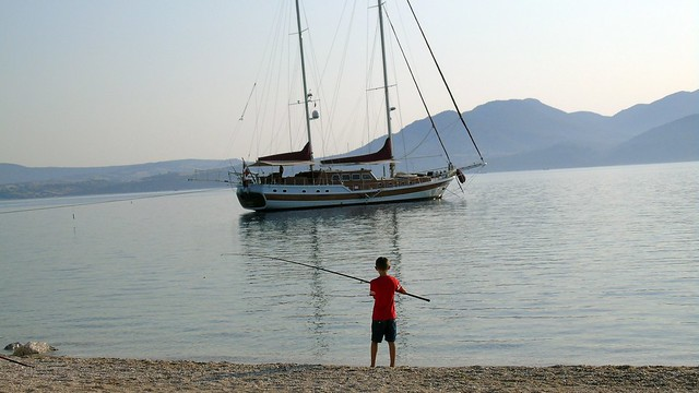 To ιστιοπλοϊκό σκάφος Clarissa στη Νικιάνα Λευκάδας