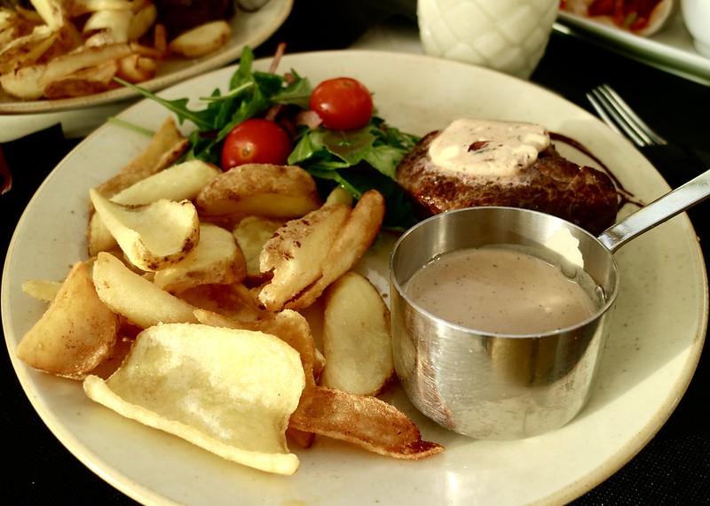 Cafe Mambo food