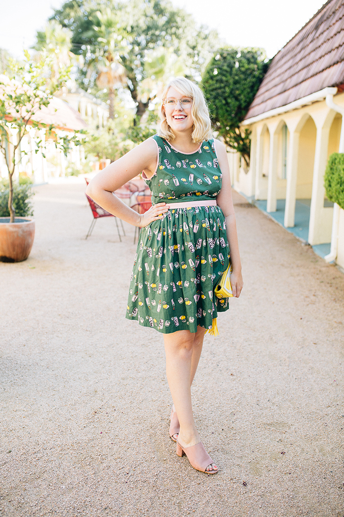 writes like a girl austin style blog aglow in the moment modcloth dress18