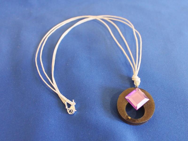 plastic pendant string 2