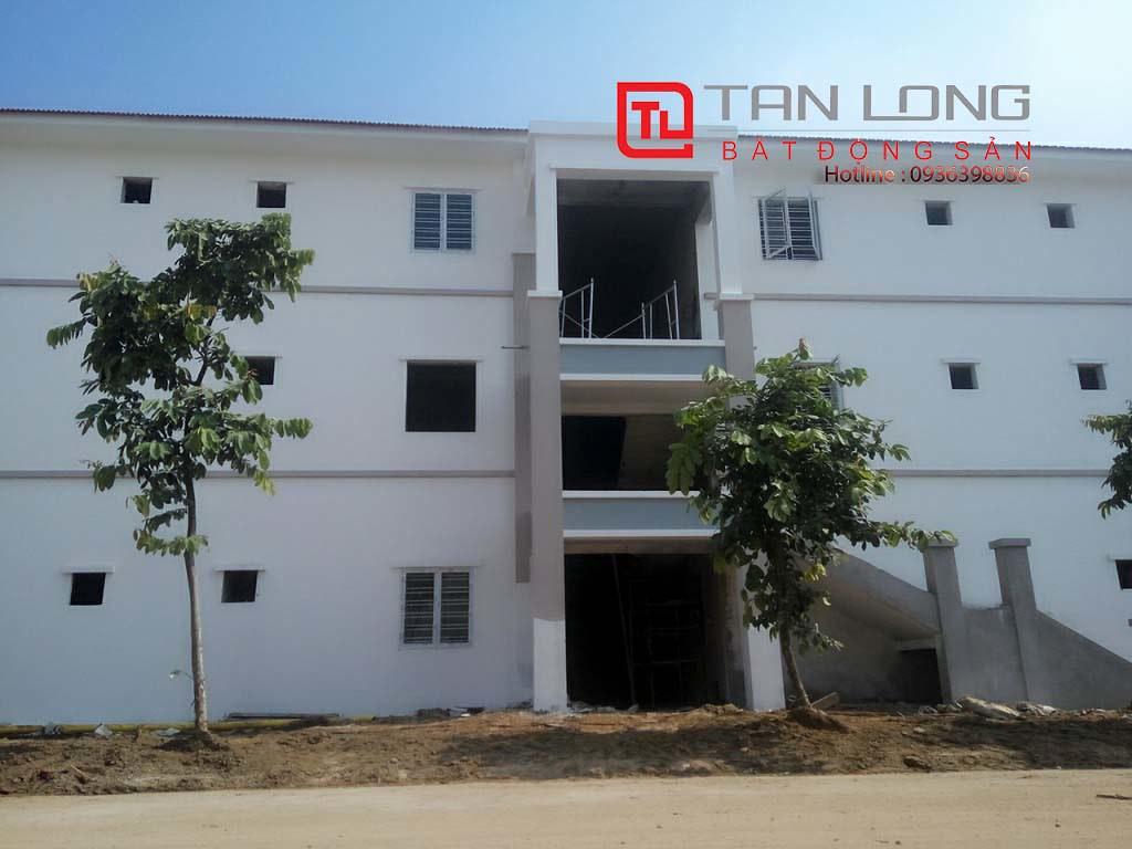 """Chung cư Pruksa Town An Đồng - Lô nhà hoàn thiện chuẩn bị mở bán - lối lên tầng 2 và tầng 3 đang trong giai đoạn hoàn thiện  <img src=""""images/"""" width="""""""" height="""""""" alt=""""Công ty Bất Động Sản Tanlong Land"""">"""